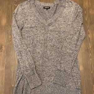 Kenneth Cole Women's Grey V Neck sweater